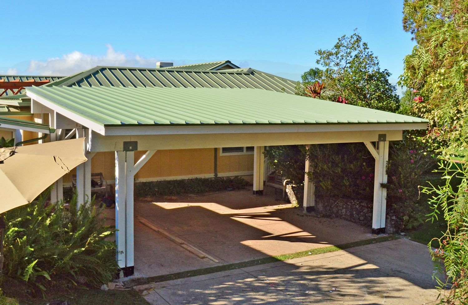 carport pavilion options 21ft standard car depth x 28 ft two cars quantity large redwood no electrical wiring trim 8ft h front post with 9 5 ft h back  [ 1500 x 979 Pixel ]