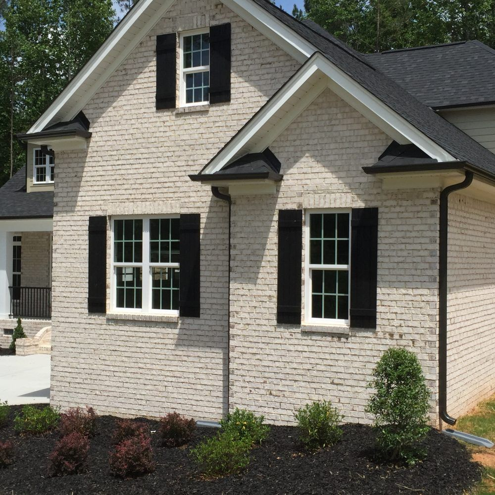 Villa Case Oversize Brick With White Mortar And White Sand Create A White Looking Wall Pine Hall Bric Exterior Brick Beautiful Houses Pics Outside House Decor
