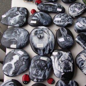 Pet Portraits on rocks #awesome