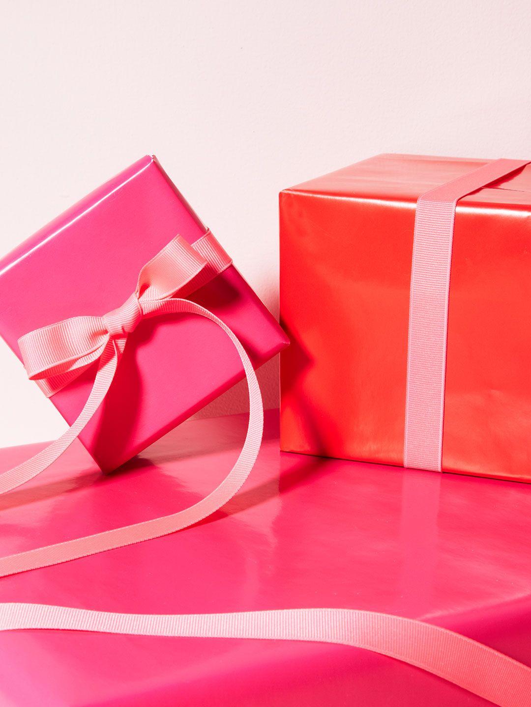 kate spade new york glossy gift wrap & kate spade new york glossy gift wrap | Fall + Winter | Gift wrapping ...