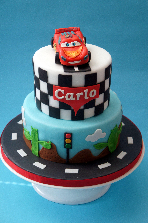 Lightning Mcqueen The Cake Lovers Cars Birthday Cake Cars Cake Design Baby Birthday Cakes