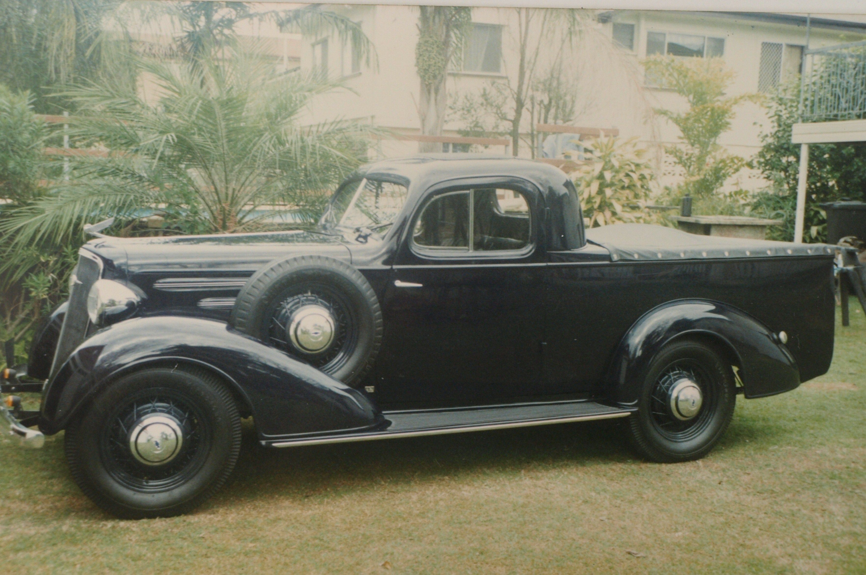 1935 Master Deluxe Chev Coupe Ute  Very rare ,restored to a
