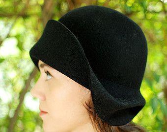 Donna piccolo orlo autunno inverno nero Cloche cappello nera modisteria  cappello 1920. cappello cloche stile   moda a1a7f29d076d