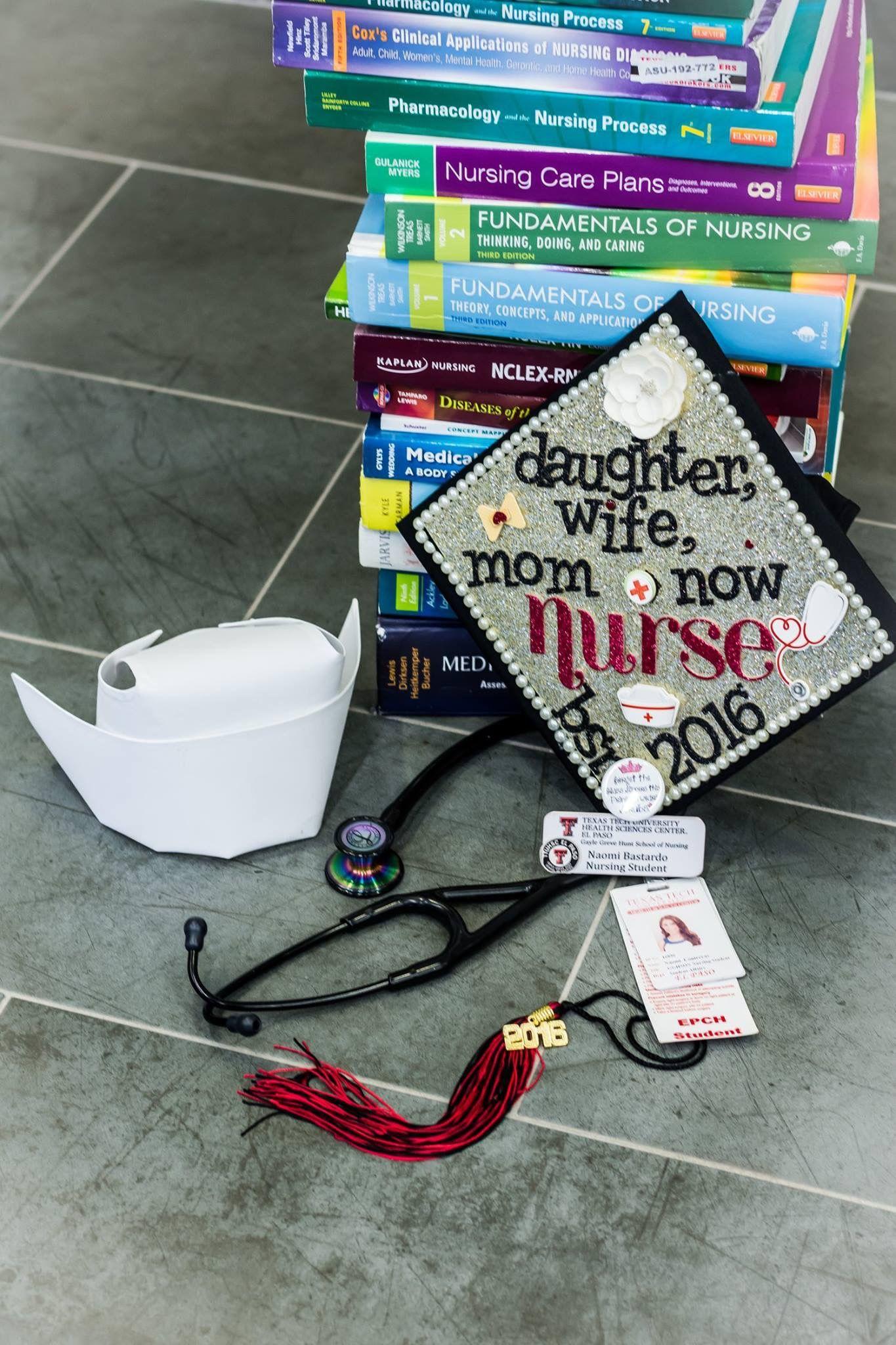 Nursing School Graduation Photography RN BSN Class