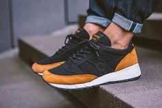 utterly stylish discount outlet store sale SAUCONY JAZZ 91 BLACK YELLOW ON FEET | Sneakers fashion, Skate ...
