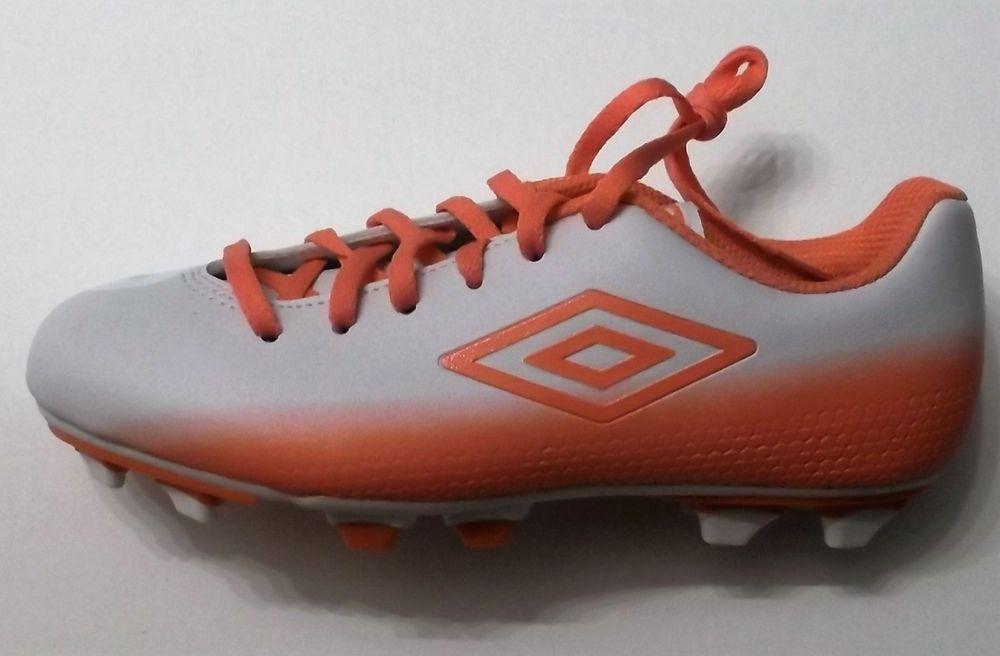 Umbro One Eighty Womens Soccer Cleats - Size 8  Umbro  a80ba84014
