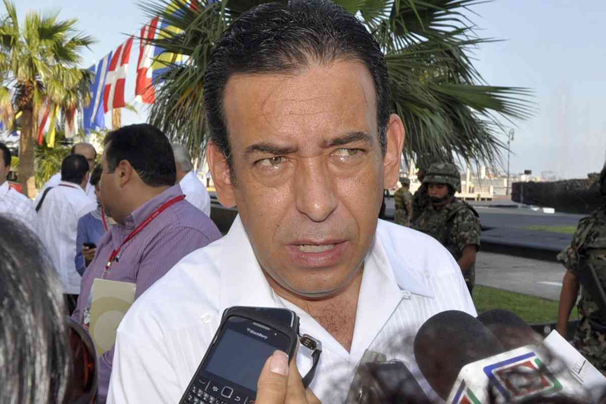 """Share or Comment on: """"MEXICO: Humberto Moreira Denies Drug Trafficking Allegations"""" - http://www.politicoscope.com/wp-content/uploads/2016/03/Humberto-Moreira-Mexico-News.jpg - """"The case is closed and those accusations have no basis, I will take legal actions against those who have tried to defame me,"""" Humberto Moreira said.  on Politicoscope: Politics - http://www.politicoscope.com/2016/03/20/mexico-humberto-moreira-denies-drug-trafficking-allegations/."""