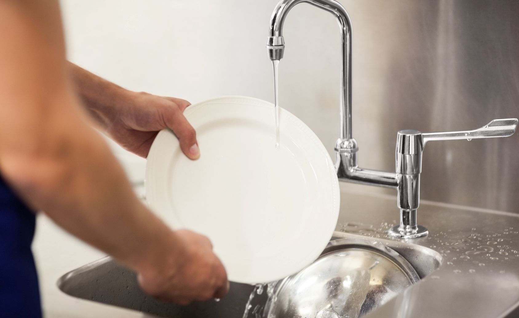 Filter The 3 Compartment Sink In Your Hotel S Commercial Kitchen Commercial Kitchen Sink Cleaning