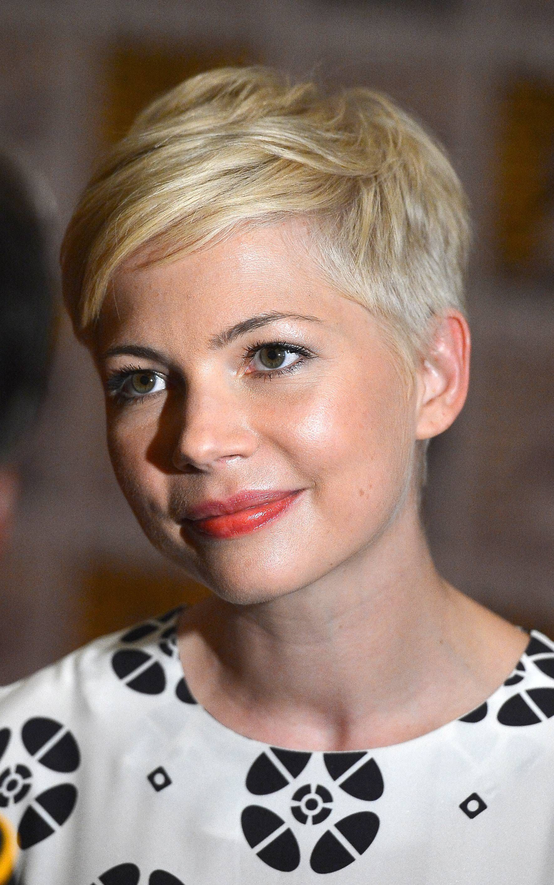 Marvelous 1000 Images About Inspiring Short Haircuts On Pinterest Short Hairstyles Gunalazisus
