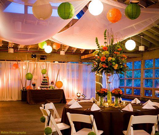 Festive Orange, Green  White Room Decor by Aria Style (Rubin
