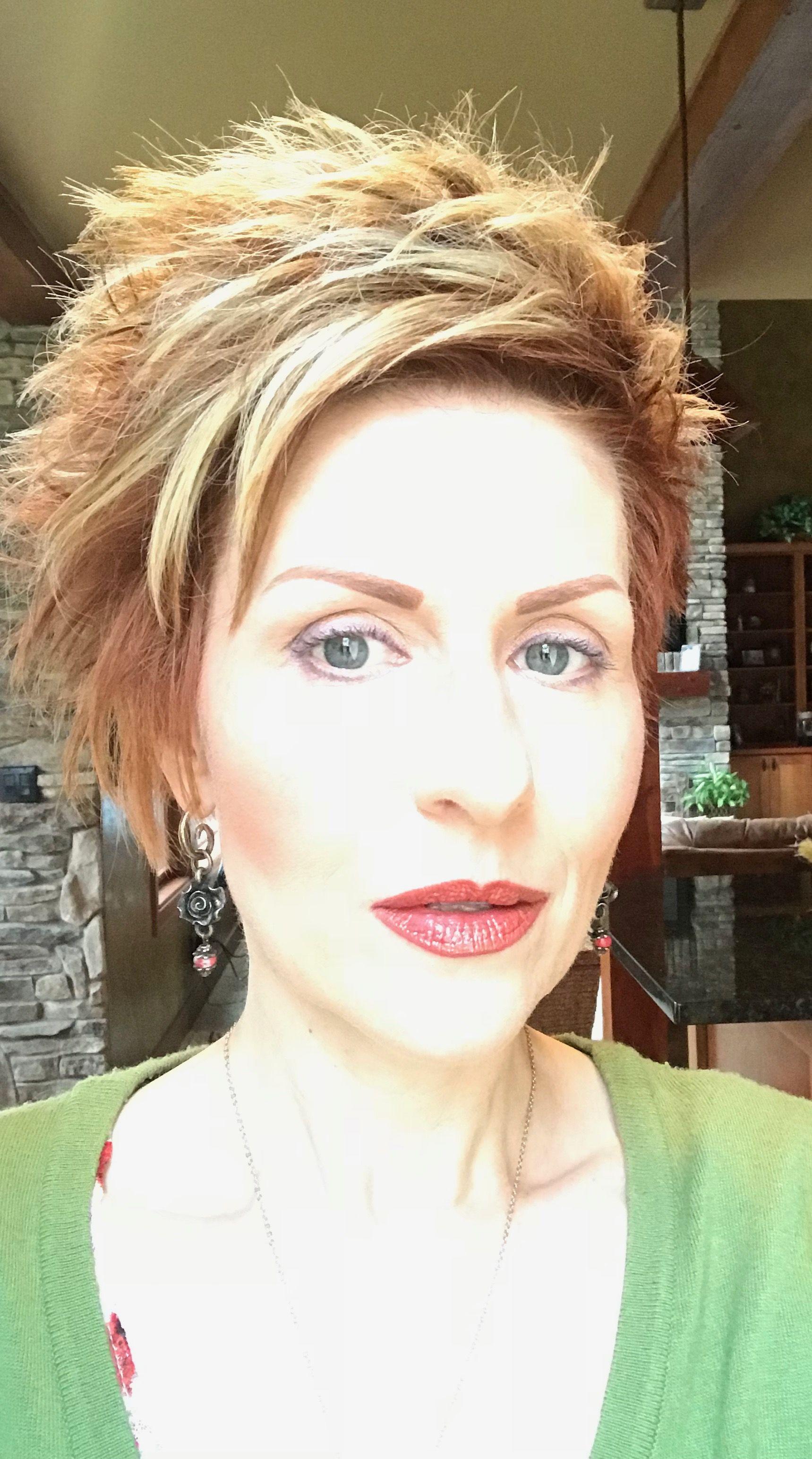 Pin by Wanda Badger on short hair Pinterest