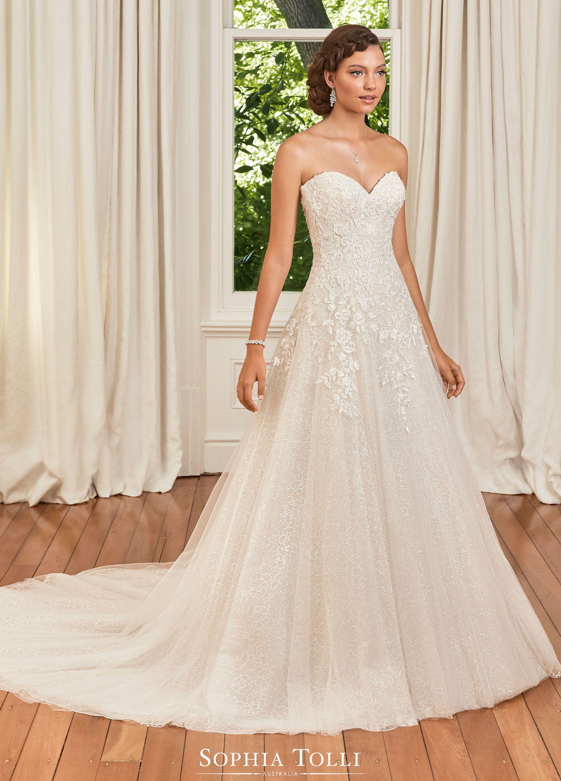 Sophia Tolli Wedding Gowns Y21992 Avery In 2020 Simple Wedding