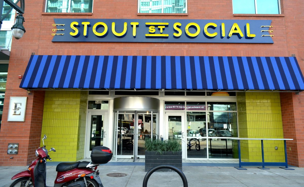Restaurants Near The Convention Center 303 Magazine Stout Street Social