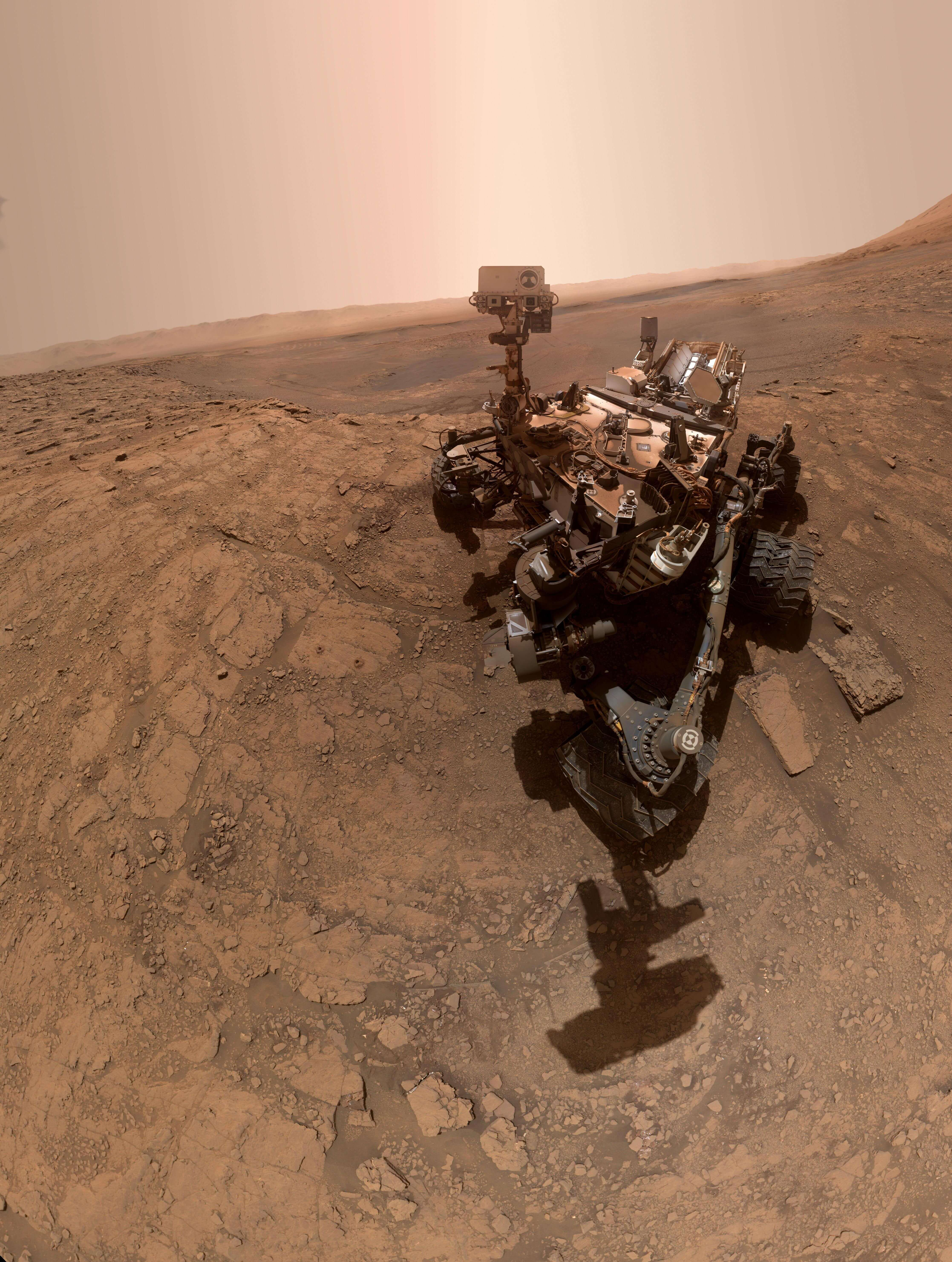 火星で自撮り。探査車キュリオシティから最新のセルフィーが到着 ...