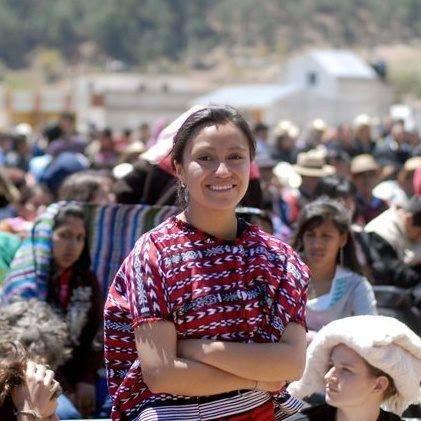 Andrea Ixchiu, periodista que promueve los derechos de la mujer.  Andrea Ixchiu, periodist who promotes Woman's Rights in Guatemala. #Guatemala #Mujer #Feminismo #Woman #Feminism