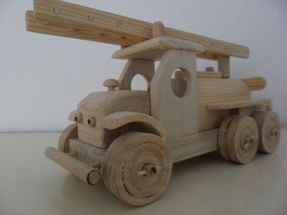 jouet bois artisanal camion de pompiers projetos para. Black Bedroom Furniture Sets. Home Design Ideas