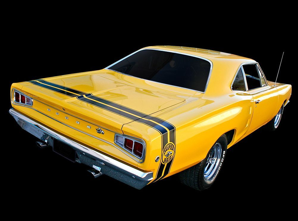Super Bee (1968) | Eat My Dust! (American Muscle) | Pinterest | Bees ...