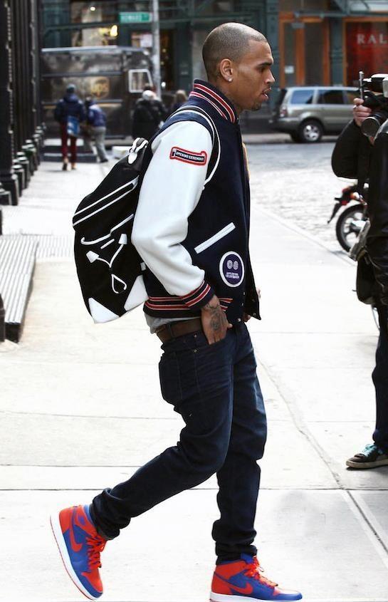 Billboard Music Awards 2013: Chris Brown sneers as he ... |Chris Brown Fashion Style 2013