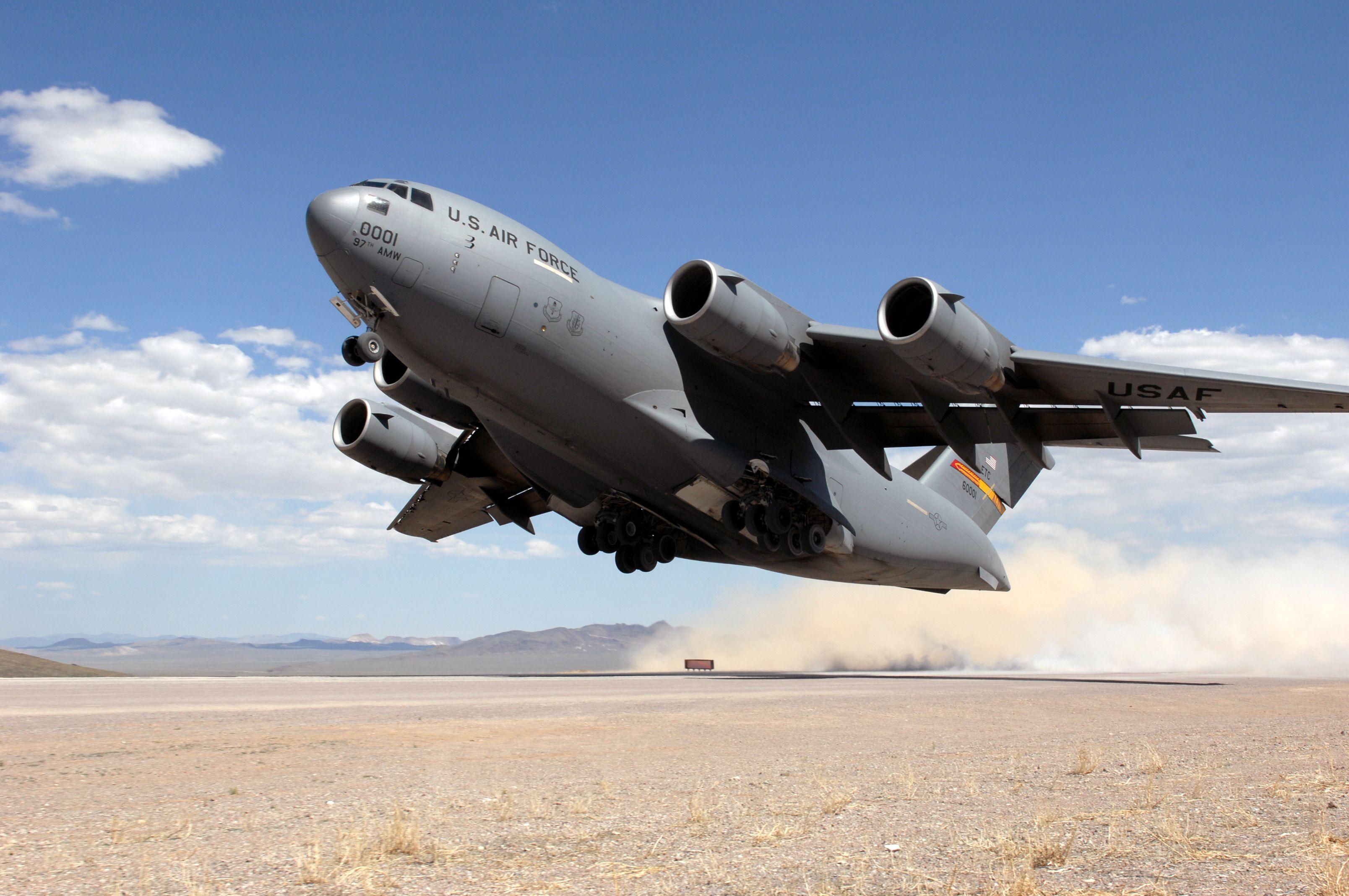 C-17 dusty takeoff