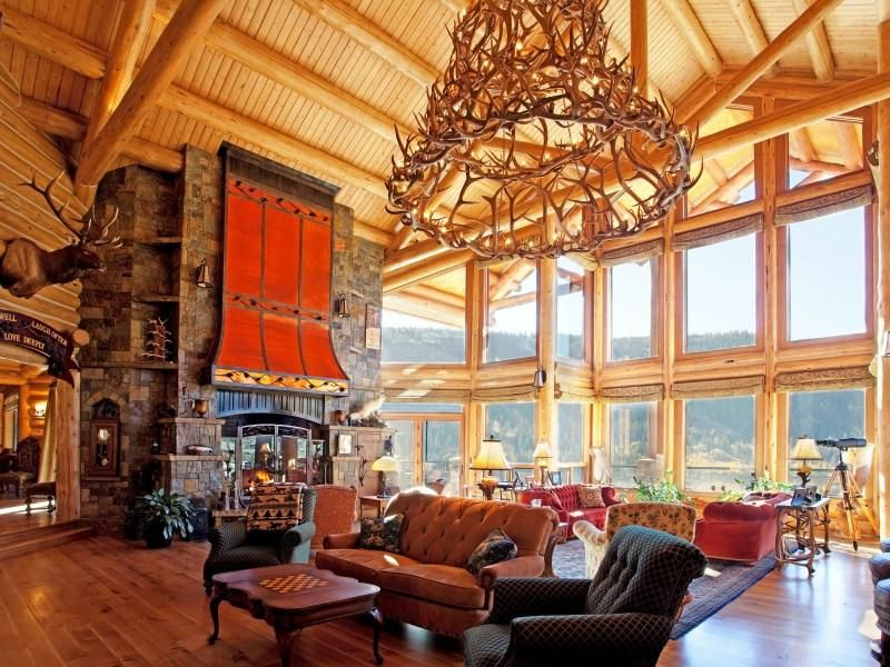 Beautiful Mammoth Lakes Cabin That Looks Like A Castle Log Homes Cabins For Sale Mammoth Lakes