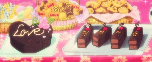 Torta al cioccolato con tronchetti e biscotti