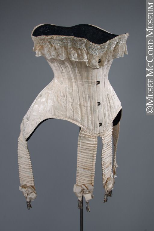 b05d206100 Corset. 1900. The McCord Museum.
