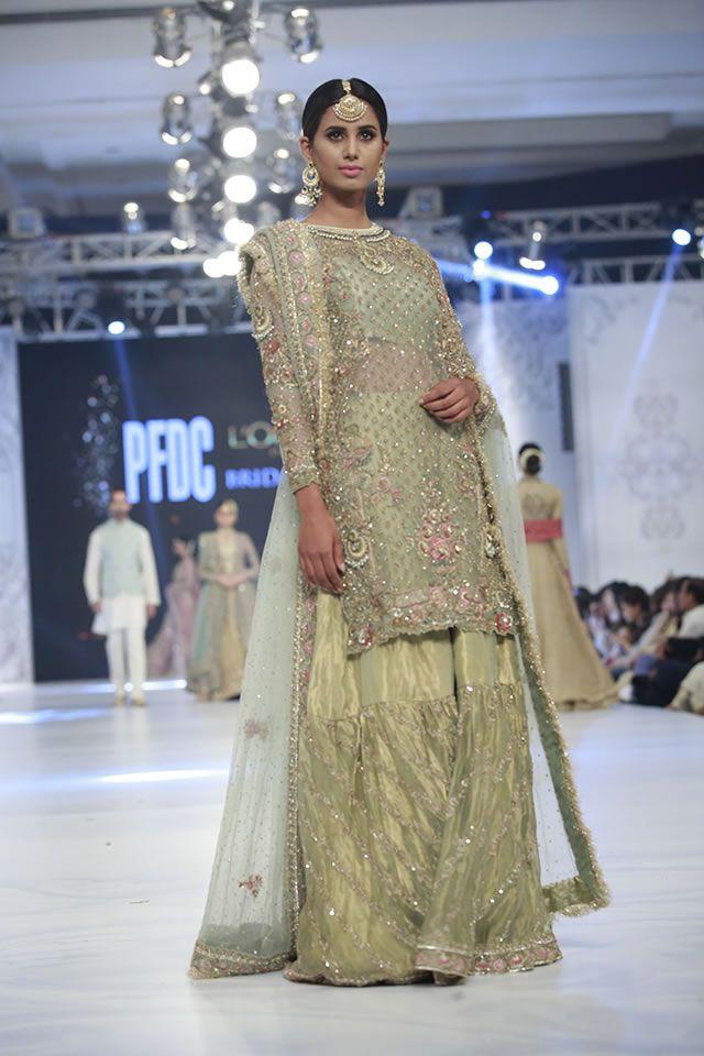 01812d1f Designer Zara Shahjahan Collection Loreal Paris Bridal Week 2016 Pics