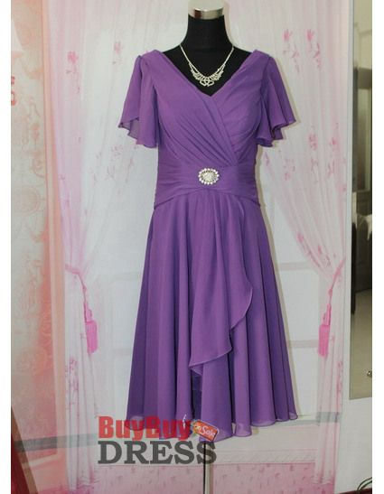Fabulous A-Line Chiffon Short Cap Sleeves V-Neck Knee Length Mother of the Bride, Groom Dresses - US$ 126.99   BuyBuyDress.com