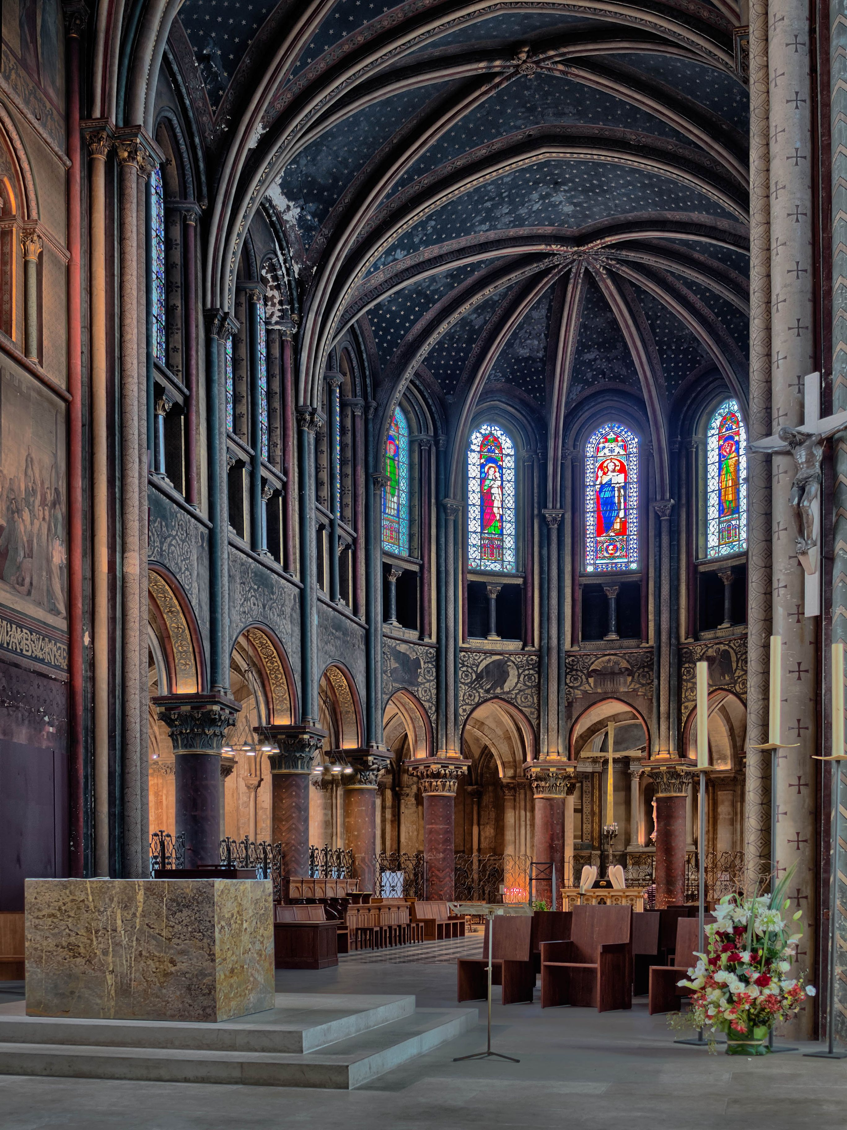 the Gothic Choir of the oldest church in Paris 6e, Saint-Germain-des-Prés. Founded in the 6th century, the structure is largely Romanesque.