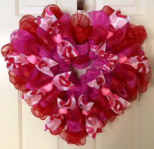 Pink And Red Heart Shaped Valentine S Day Deco Mesh Wreath Heart