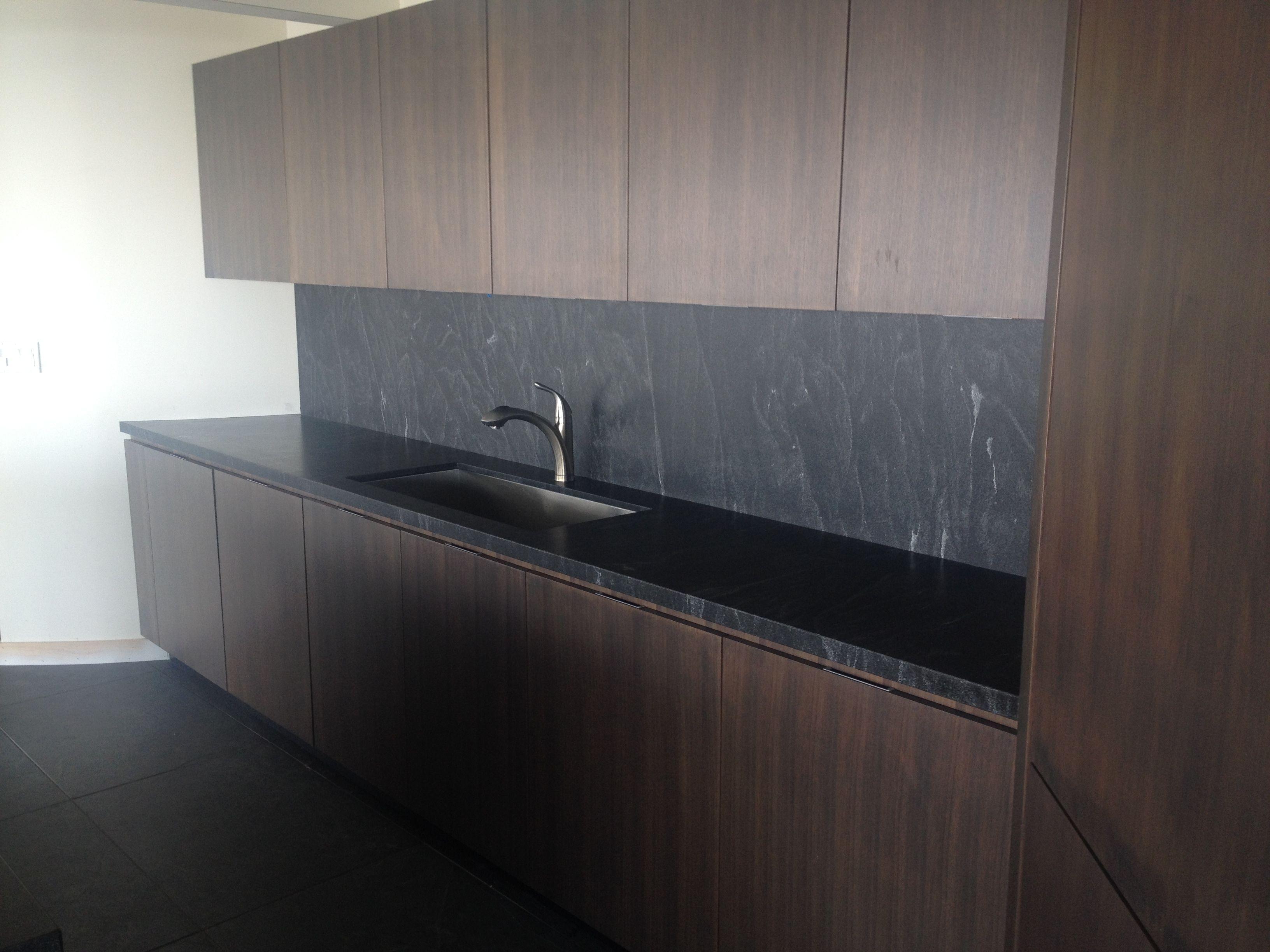 Jet Mist install Kitchen. Sleek, contemporary