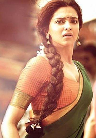 Pin By Tanya Choudhary On Deepika Padukone Deepika Padukone Bollywood Actress Deepika Padukone Style