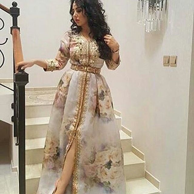 Instagram Photo By جلابيات أروى Jun 17 2016 At 1 27pm Utc Moroccan Dress Moroccan Fashion African Prom Dresses