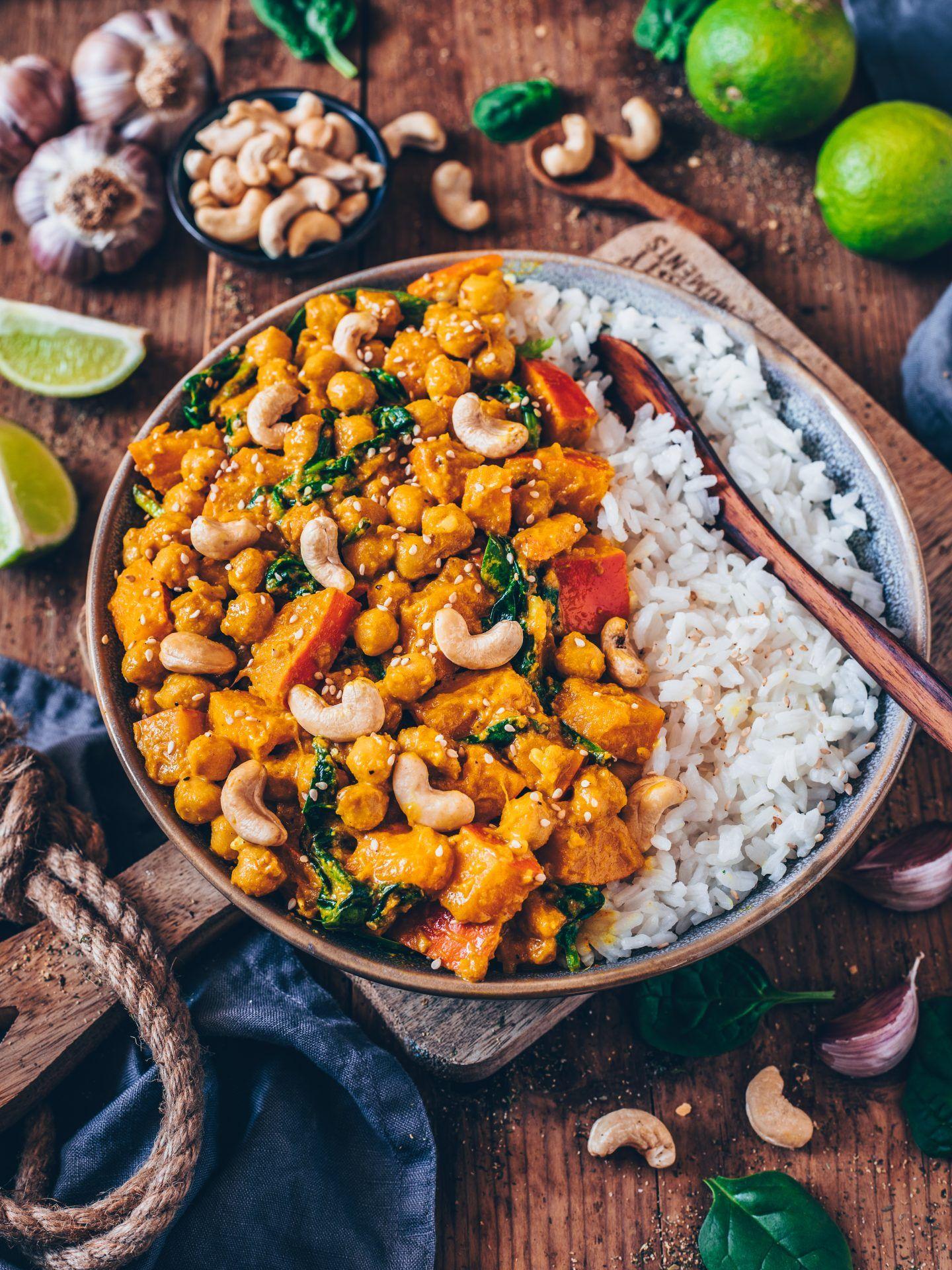Kürbis-Kichererbsen-Curry (vegan, einfaches Rezept) - Bianca Zapatka   Rezepte
