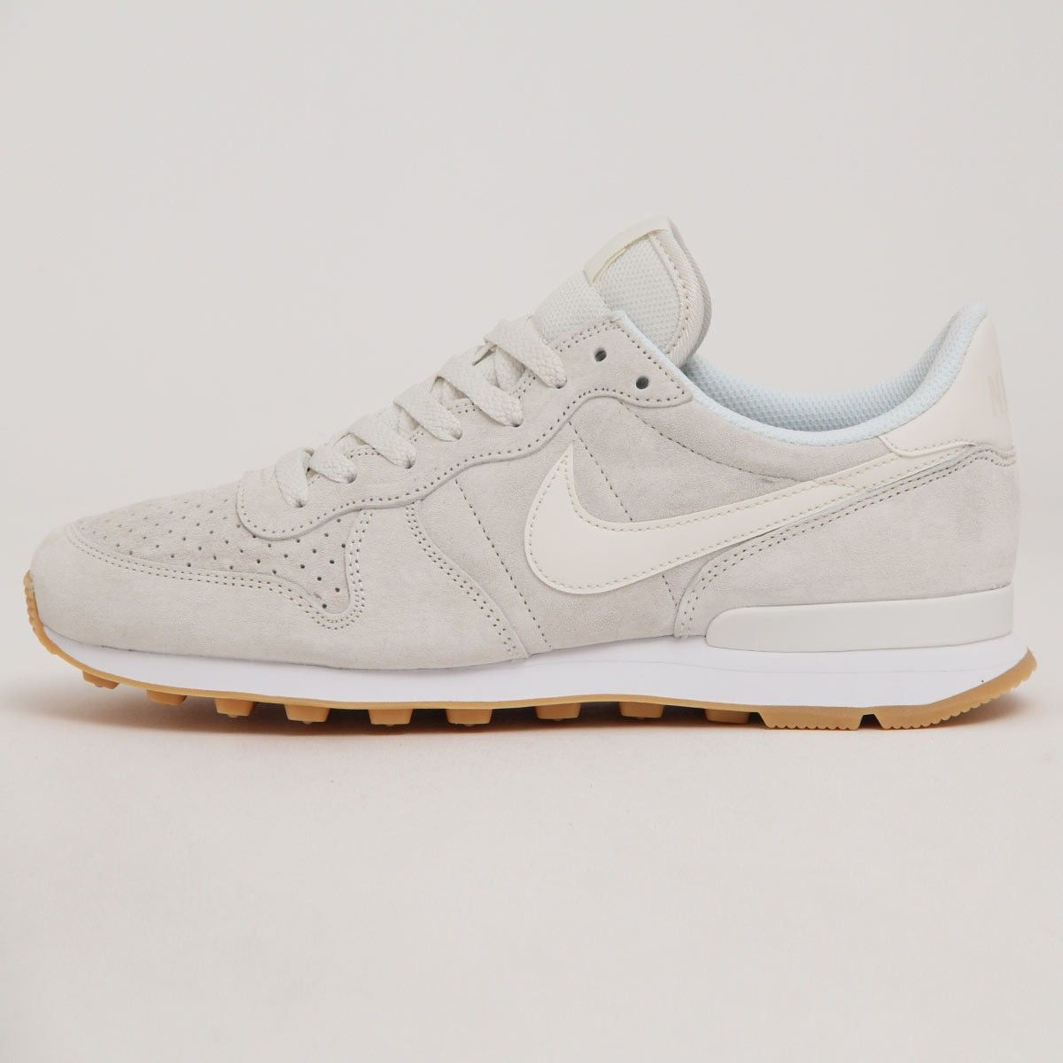 huge discount 2d5f3 18646 ... official store nike internationalist prm phantom white 828043 055 61ddd  abd6f ...