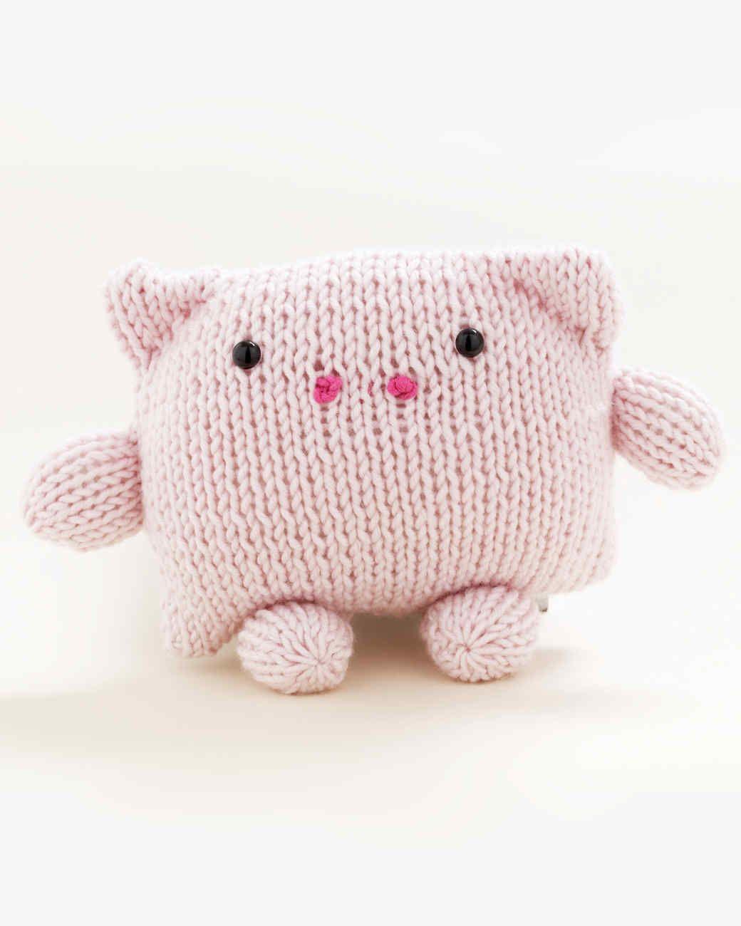 Loom-Knit Pig Toy | make | Pinterest | De vacaciones