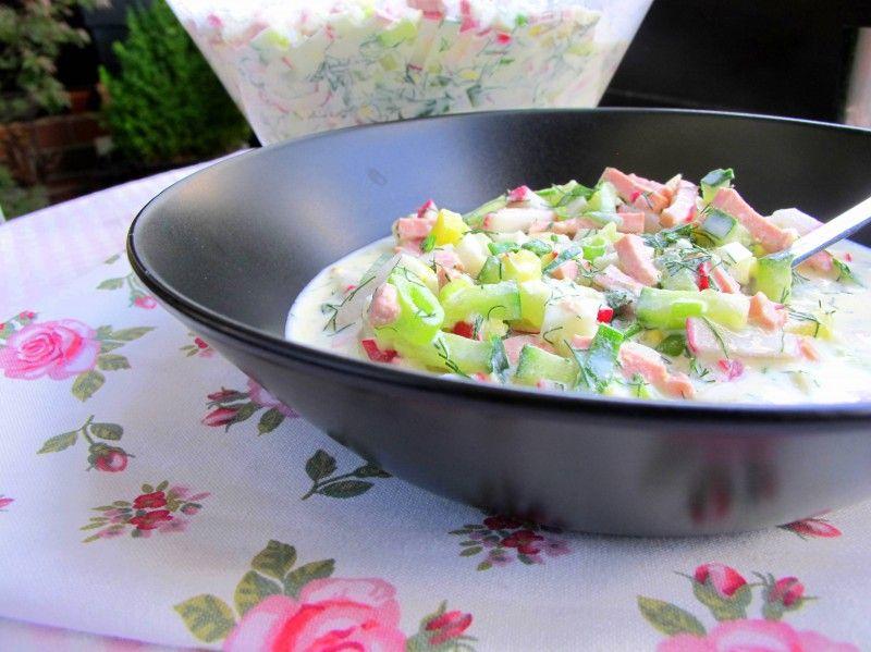 Kalte russische Sommer-Suppe