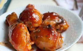 Muslitos de pollo al horno con salsa de tomate ¡Receta muy fácil!  #PolloAlHorno #PolloAlHornoConTomate #MuslosDePolloAlHorno #RecetasDePolloFaciles #RecetasDePolloEnSalsa #RecetasDeAves