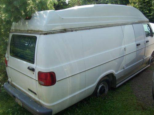 2002 Dodge Ram 2500 Van Base Extended Cargo 3 Door 5 9l Image