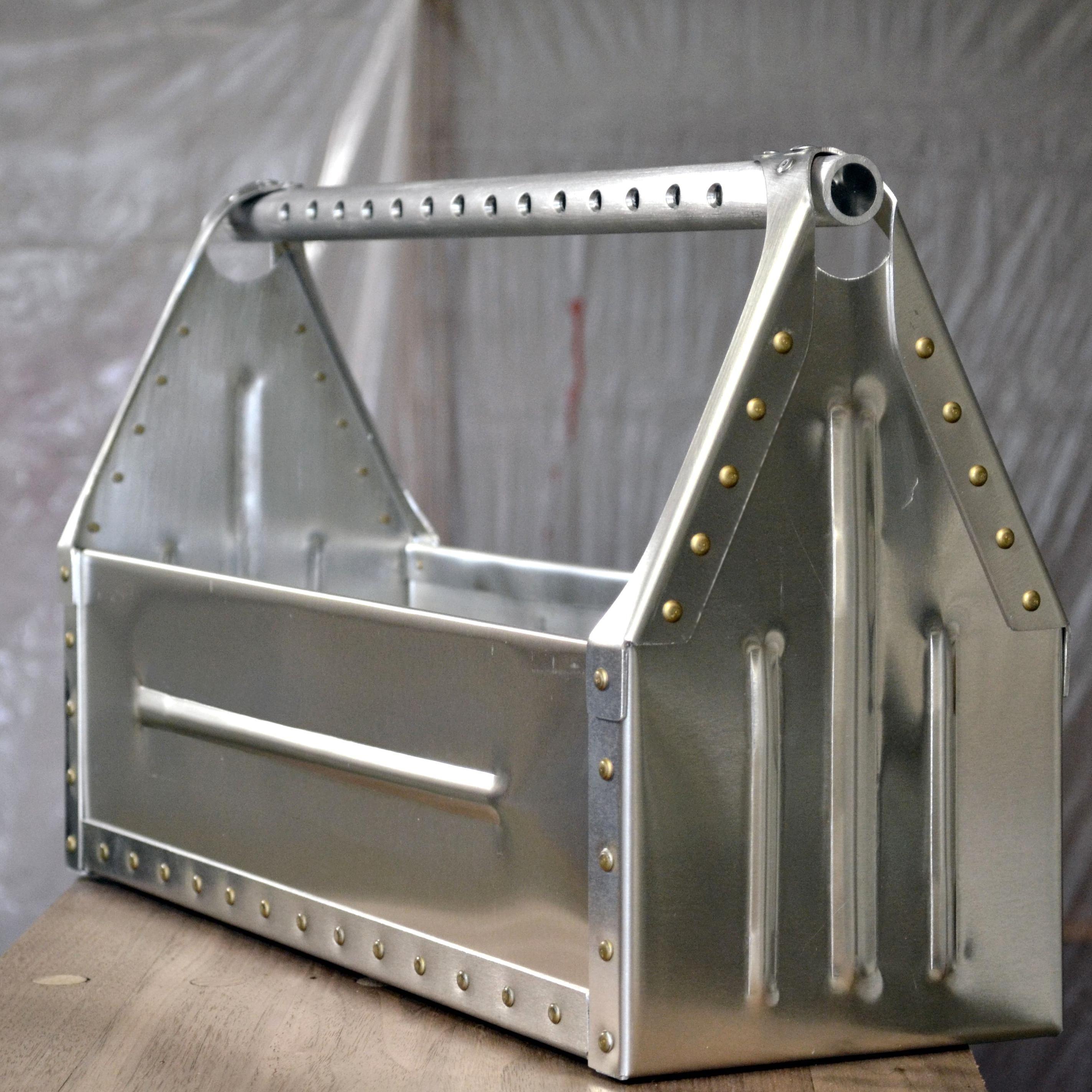 Aluminum Sheet Metal Toolbox Aircraft Rivets Cross Drilled Handle Bead Rolled Panels A Fun Hand In 2020 Sheet Metal Fabrication Aluminum Sheet Metal Sheet Metal Crafts