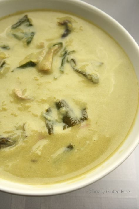 Spicy Green Pea Coconut Curry Soup
