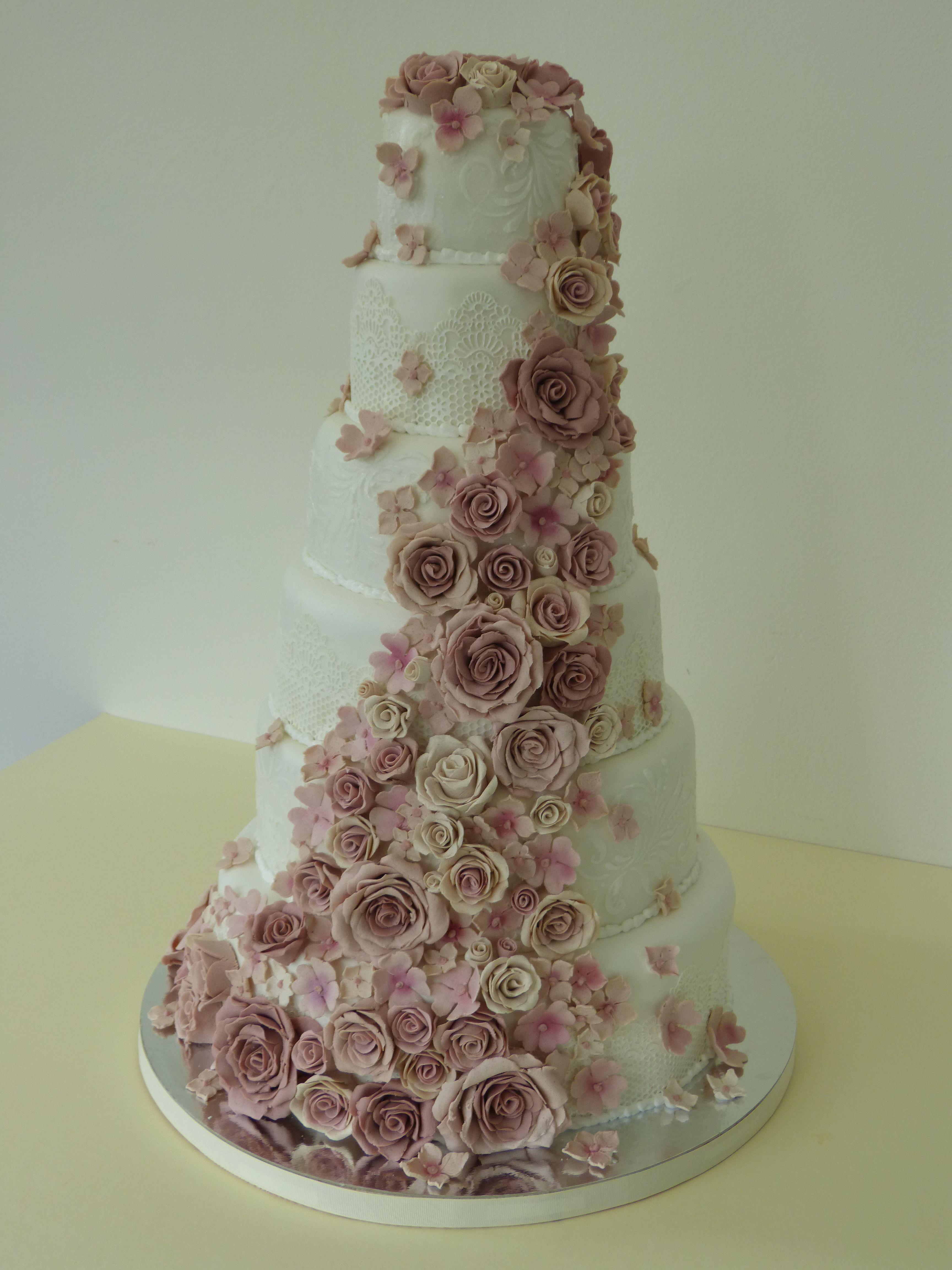 Wedding Cake Cake Cube Konz Roses Lace Cake Hochzeitstorte