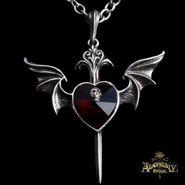 Holy crap that's cool.  Pendentif 'Death Of A Vampire'