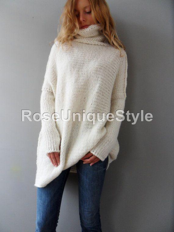 a261fbee3 Oversized Chunky knit alpaca woman sweater. Off white knit sweater ...