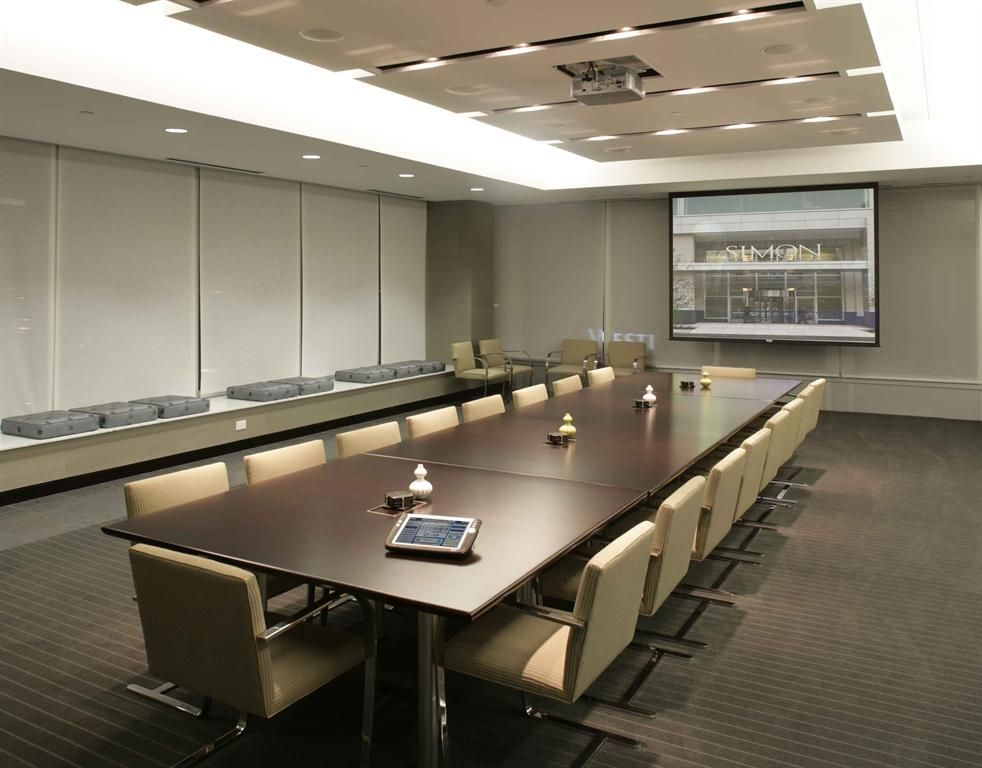 Feel Table Seperate Color Blinds Conference Room Design