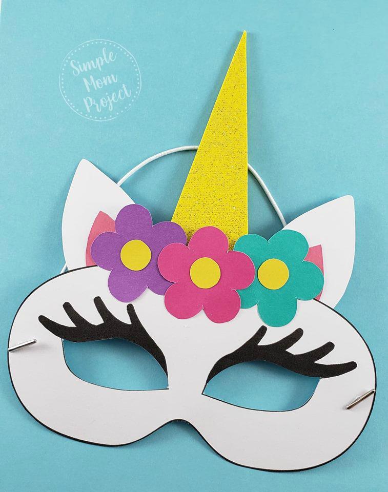 Einhorn-Gesichtsmasken mit KOSTENLOSEN druckbaren Vorlagen - Simple Mom Project #coloringsheets