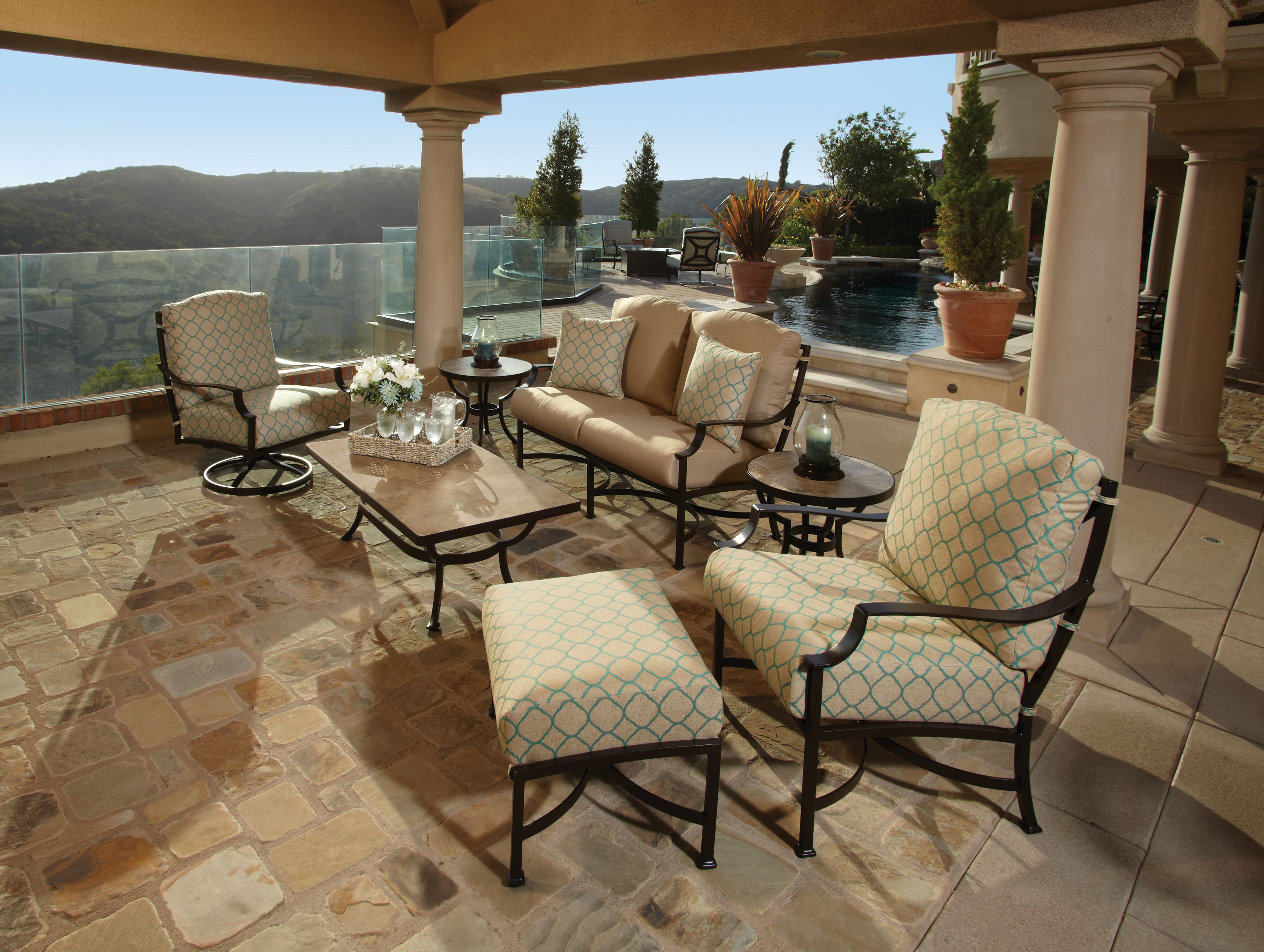 Madison deep seating collection Best outdoor furniture