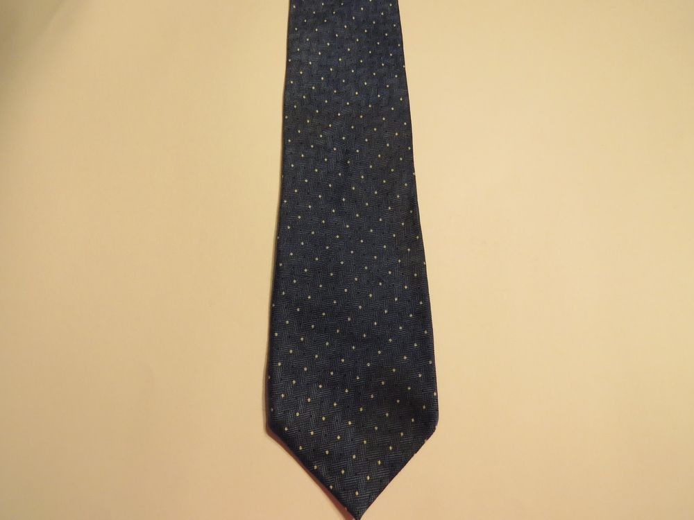 Geoffrey Beene 100% Silk Men's Tie Blue W/ Small White Polka Dots Free Shipping
