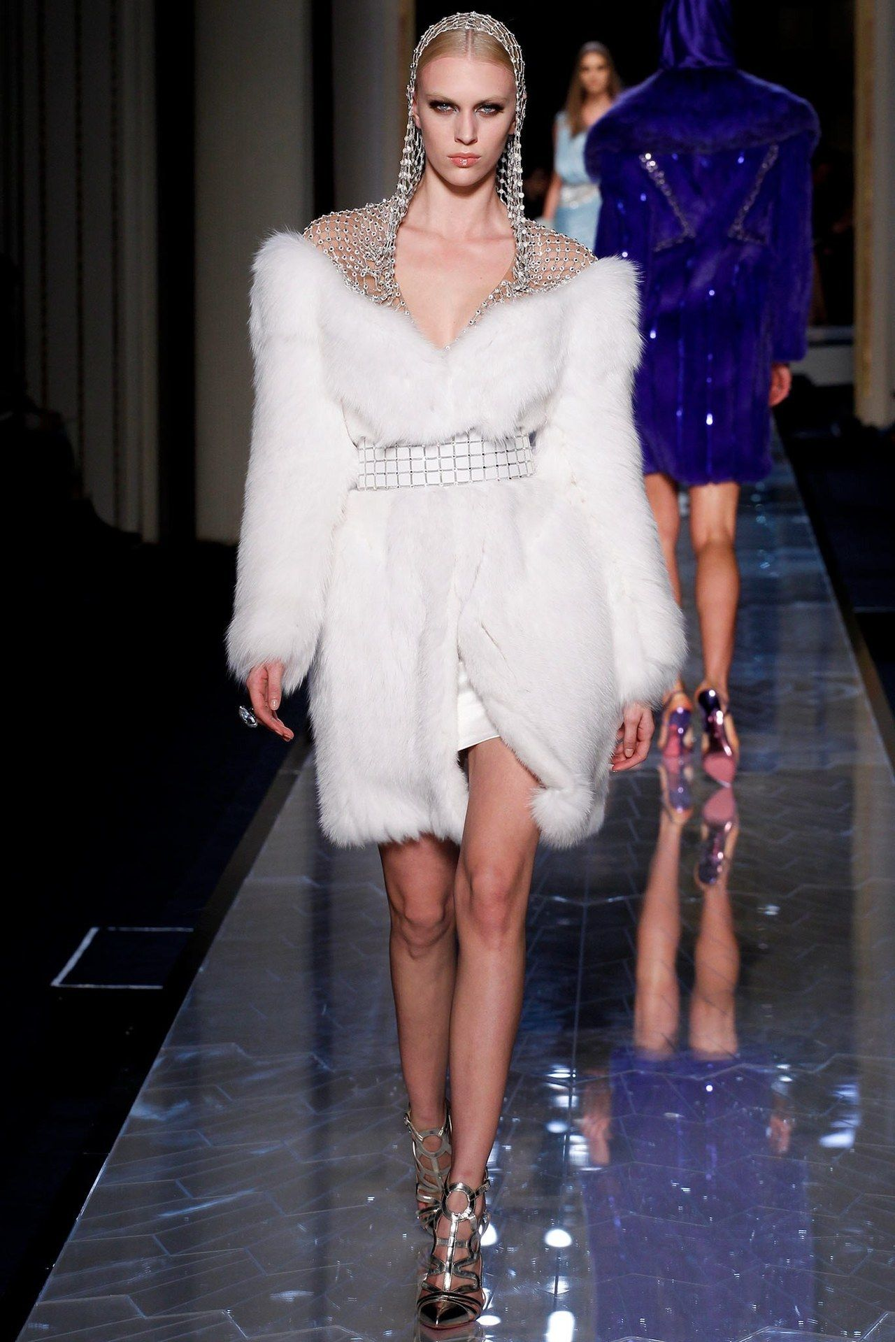 Atelier VersaceSpring14 Couture - #2014 #atelier #catwalk #Couture #Fashion #für #High #RTW #Runway #Style #Versace #White