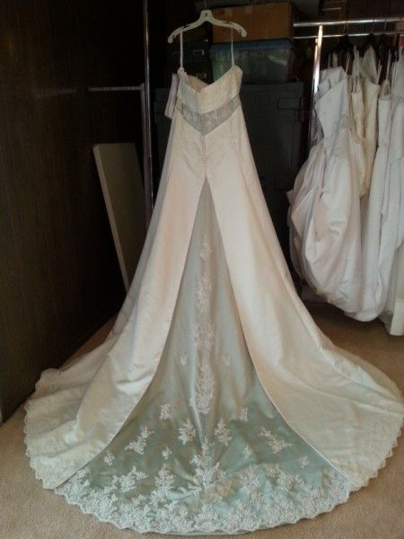Alfred Angelo Wedding Dress Size 20 With Sequins Semi Cathedral Train Strapless Needs Attachment Repair